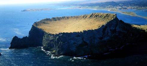 Pre- & Post-Tours: Scenic Jeju Island