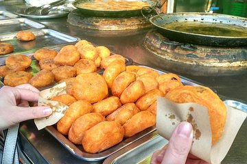 Xian Foodie Walking Tour with Great Mosque Visiting